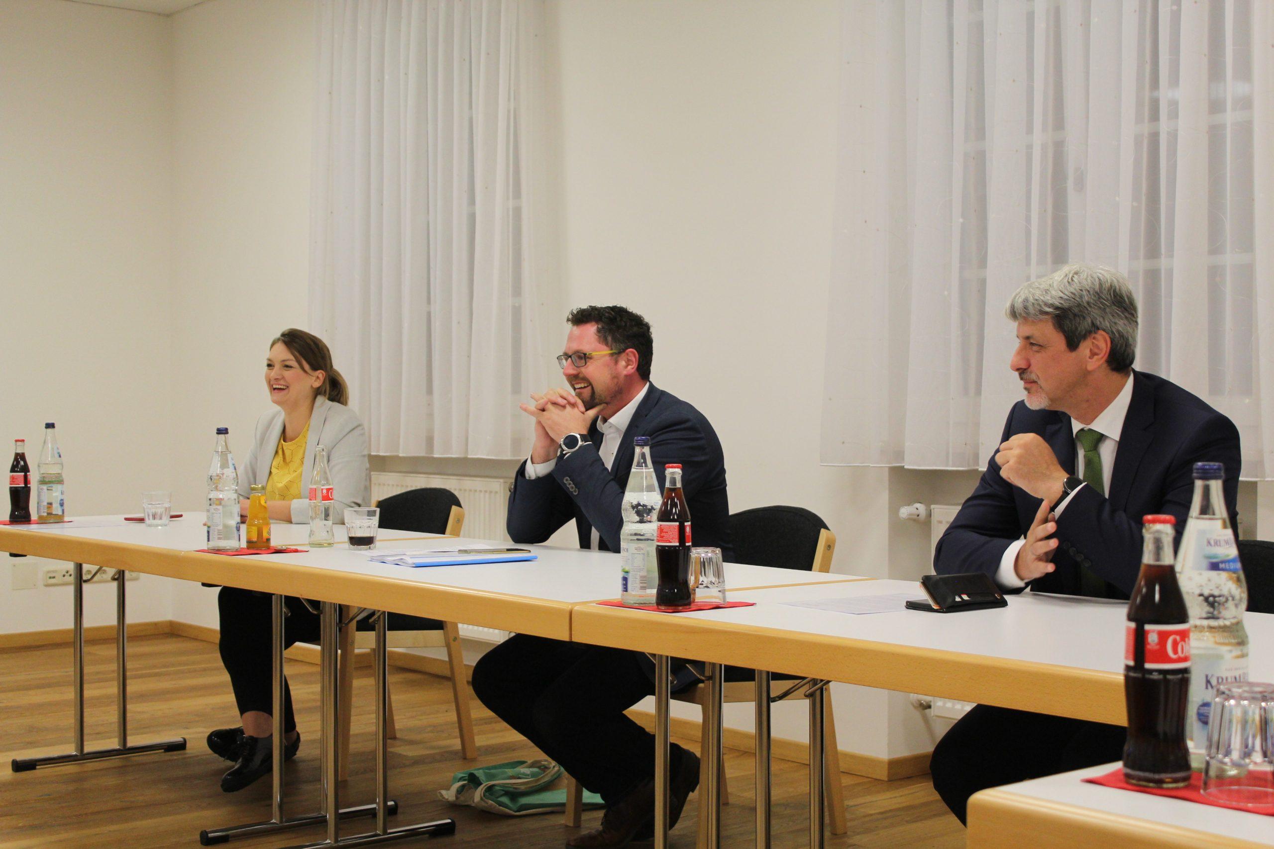 Staatsministerin_Judith_Gerlach zu_Besuch_MEKmedia_2